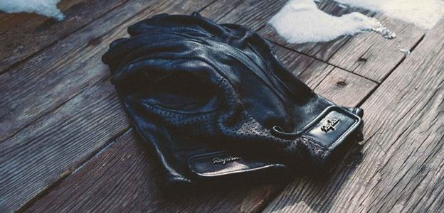 Are leather gloves good for winter